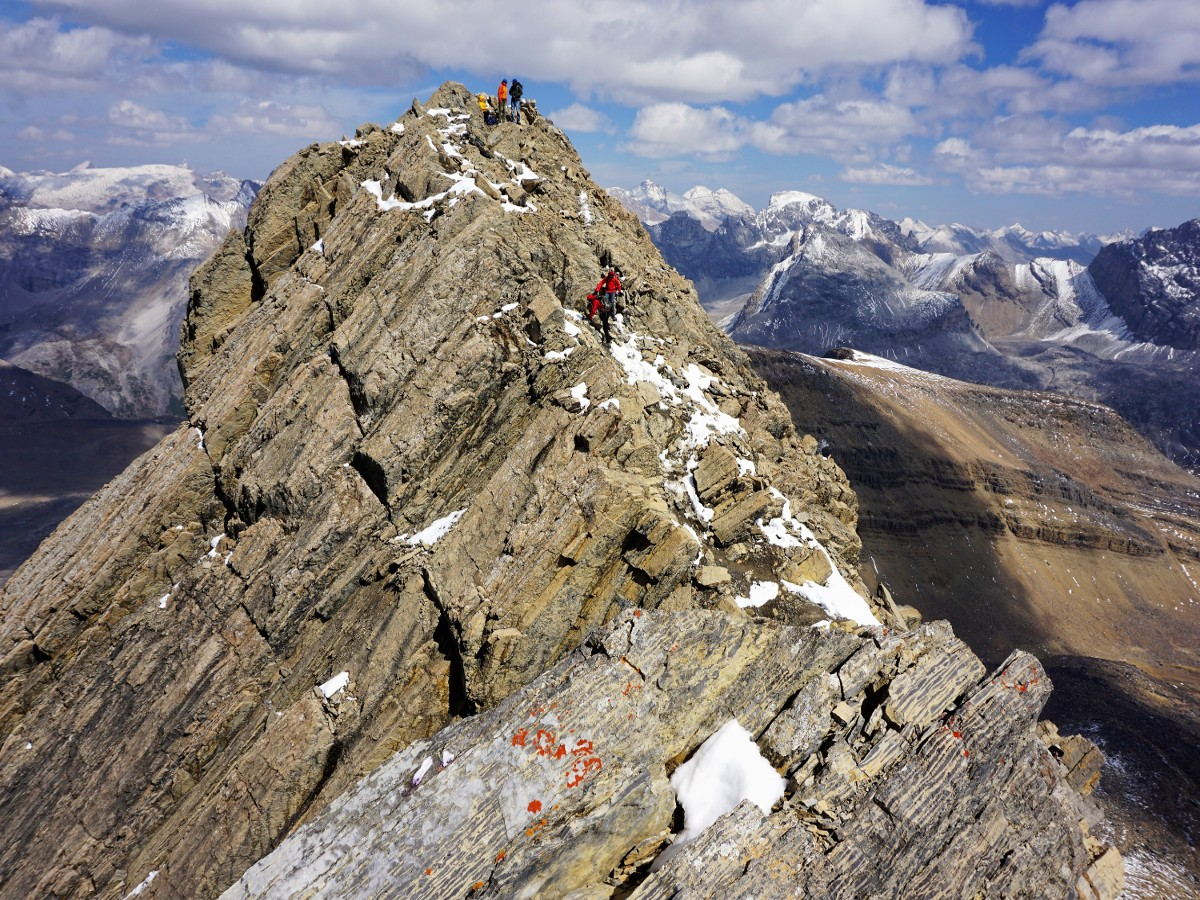 Trail of the Helen Lake and Cirque Peak Hike on Icefields Parkway