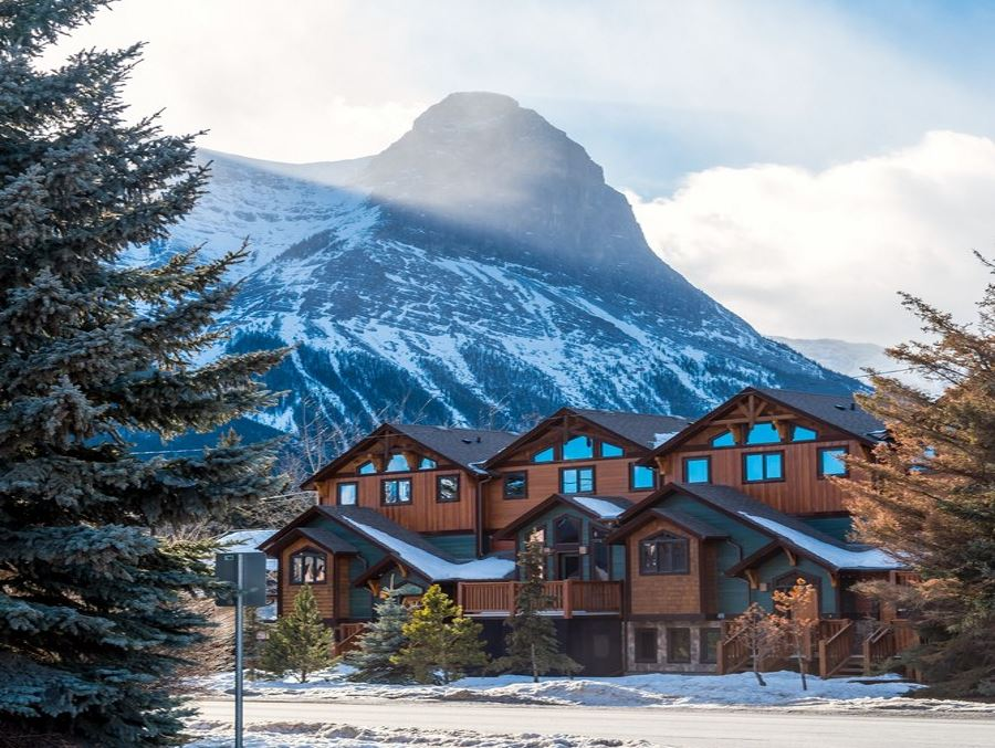 Residences in Canmore Alberta