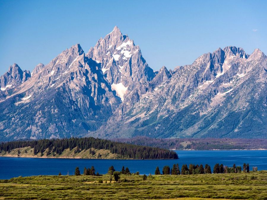 Teton Range and Jackson Lake panorama is a must-see in Grand Tetons