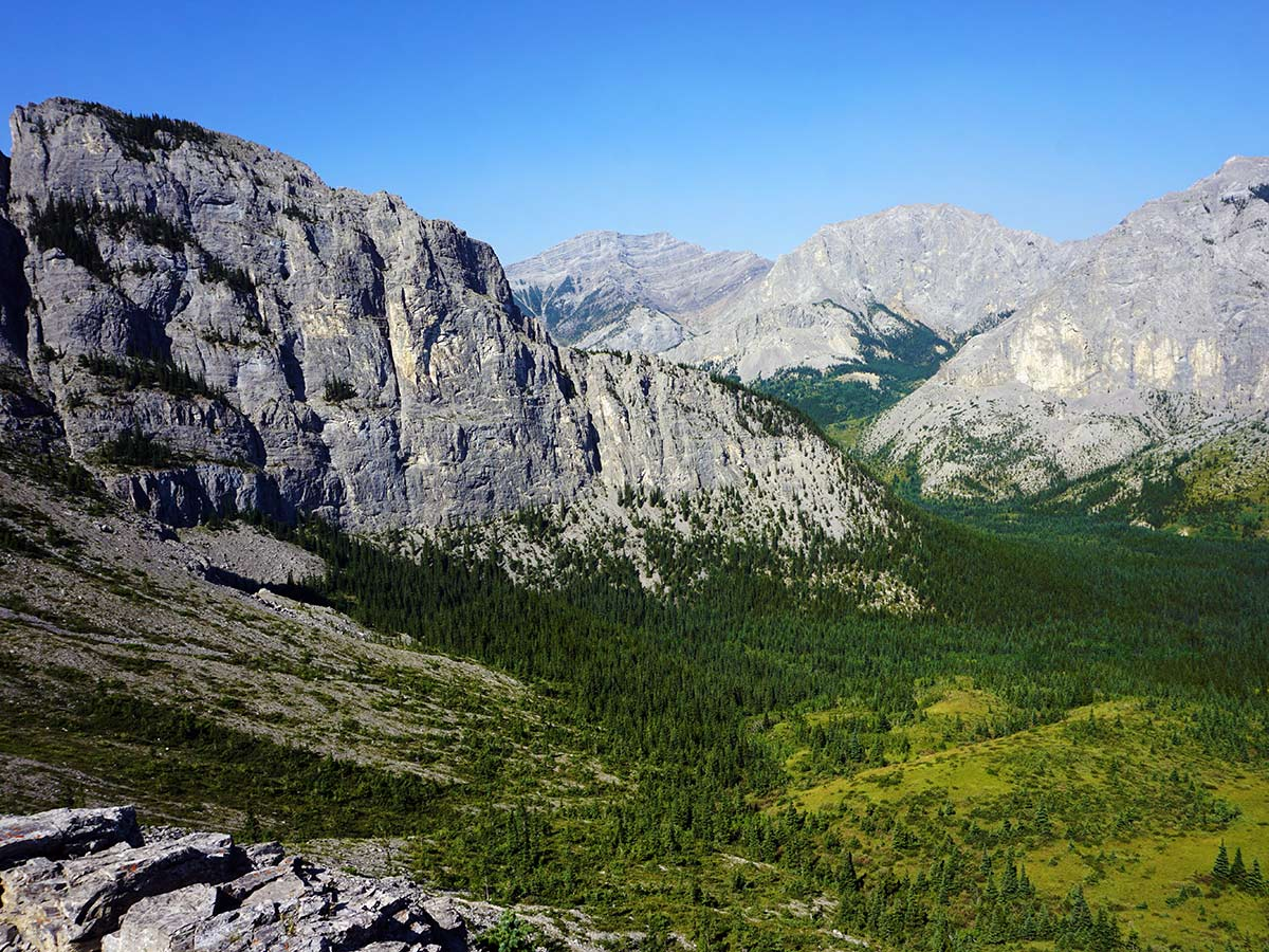 Views from the Mt. Yamnuska Circuit Hike in Canmore, Alberta