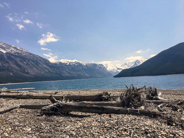 Minnewanka Lakeside