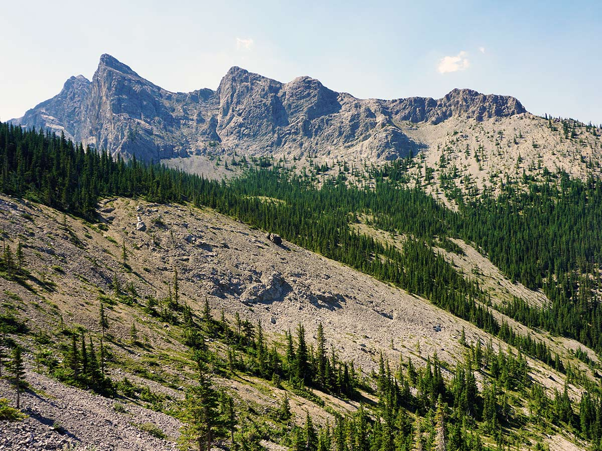 Mt Yamnuska Circuit hike is one of top 10 Canmore hikes