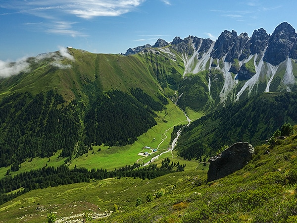 Trail of the Schaflegerkogel Loop hike in Innsbruck, Austria