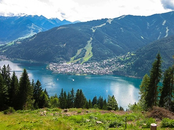Trail of the Schwalbenwant hike in Zell am See and Kaprun Valley, Austria