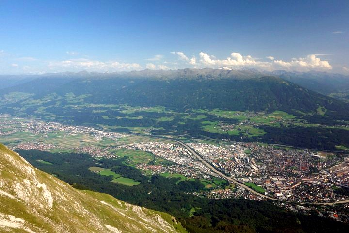 View down to Innsbruck from the trailhead