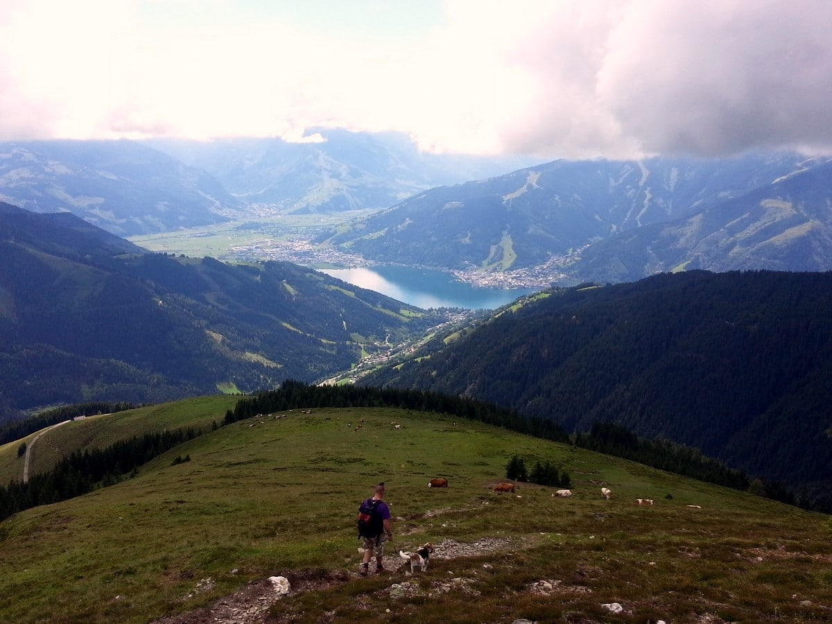 Schwalbenwand & Schönwieskopf Hike in Zell am See - Kaprun has beautiful views from descent
