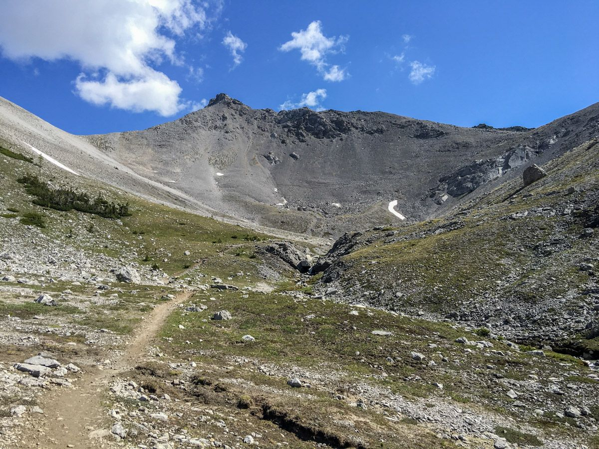 Beautiful views from the Buller Pass Hike from Smith-Dorrien Trail in Kananaskis, near Canmore