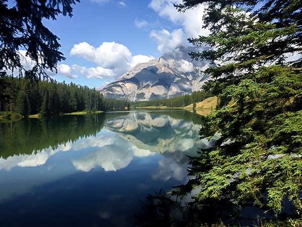 Trail of the Johnston Lake hike in Banff National Park, Alberta