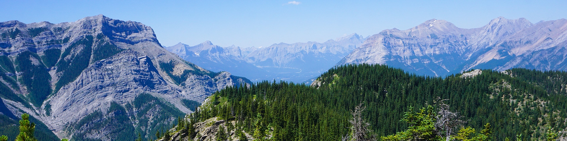 Panorama from the Heart Mountain Horseshoe hike in Canmore, the Canadian Rockies
