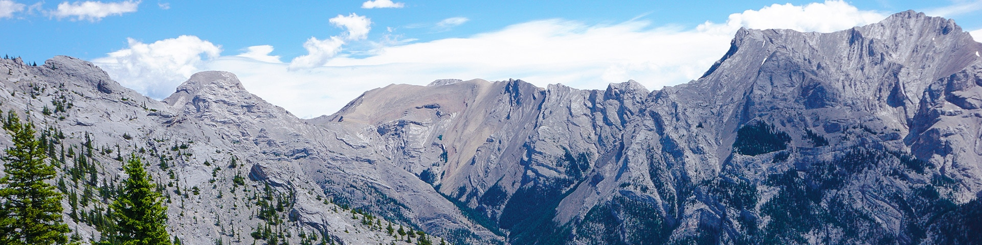 Panorama of the Lady MacDonald Tea House hike in Canmore, the Canadian Rockies