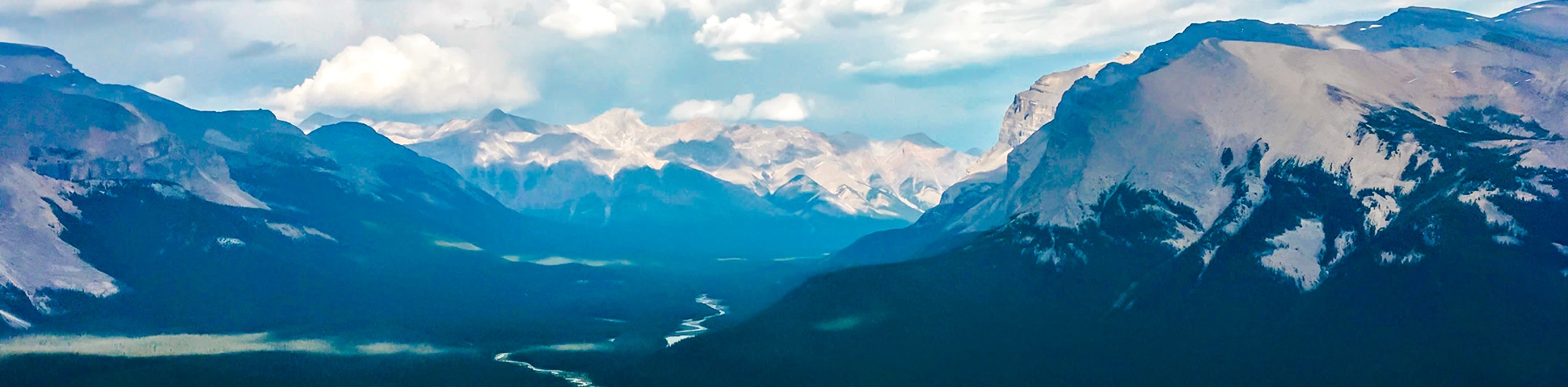 Sunset Viewpoint and Pass hike on Icefields Parkway