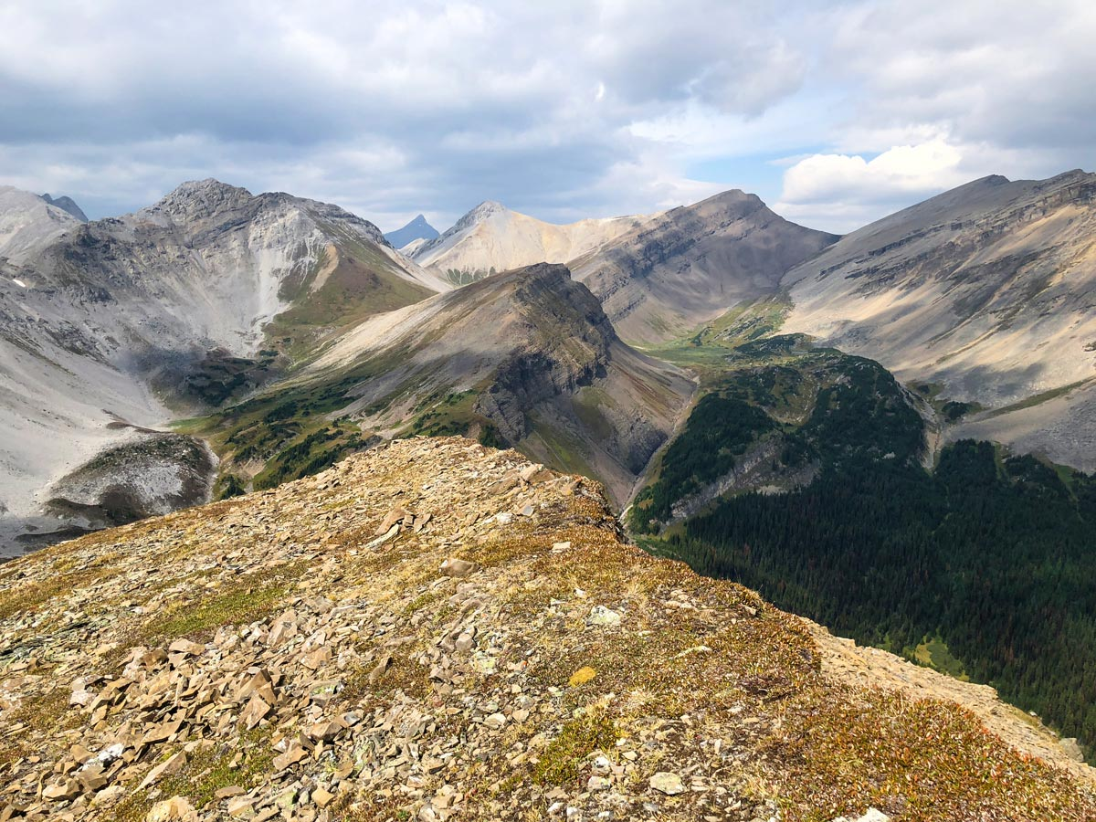 Great views from the Guinn's Pass Hike in Kananaskis, near Canmore