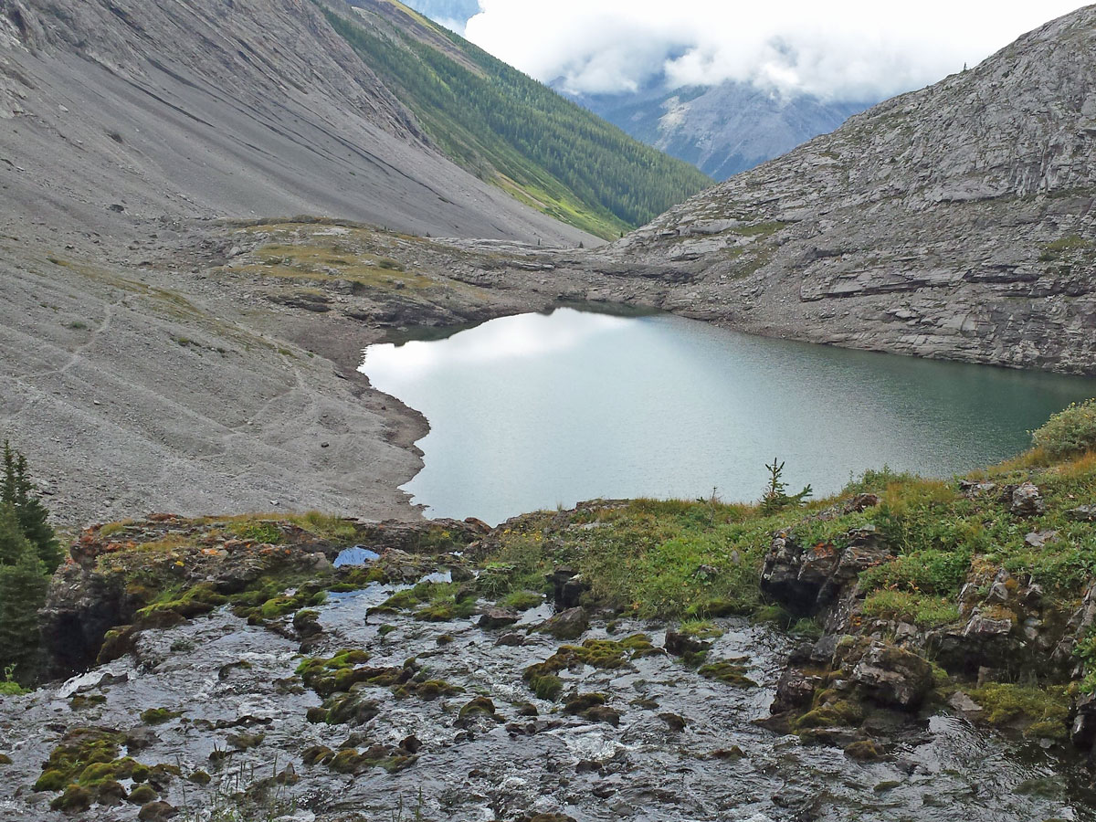 Headwall Lakes hike is one of top 10 hikes on the Smith-Dorrien Trail