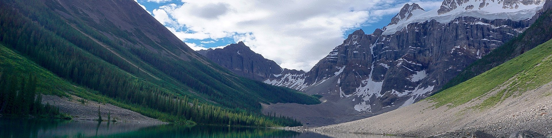 Panoramic views from the Consolation Lakes hike near Lake Louise, Banff National Park