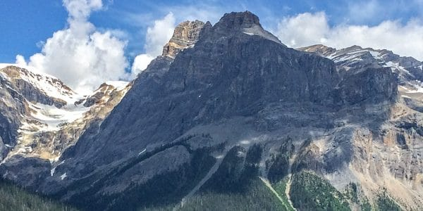 Panoramic views of the Emerald Lake Circuit hike in Yoho National Park