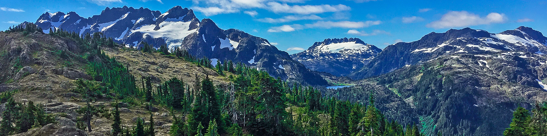 Panoramic views from the Flower Ridge trail hike in Strathcona Provincial Park, Vancouver Island