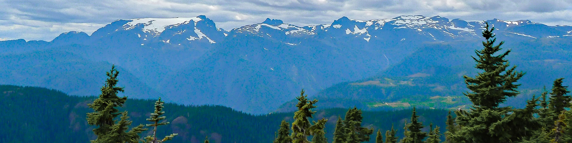 Panoramic views from the Mt Becher hike in Strathcona Provincial Park, Vancouver Island