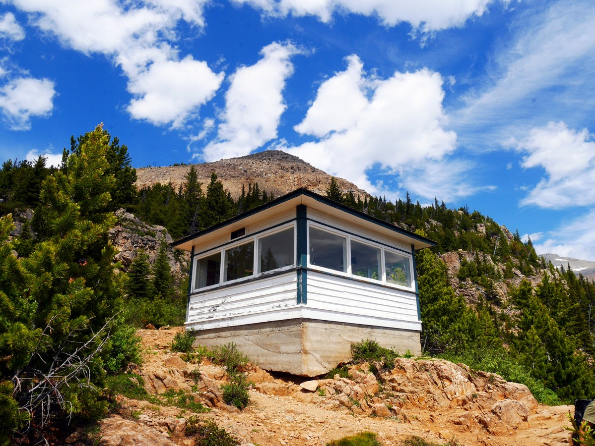 Fire lookout cabin on the Paget Lookout & Sherbrooke Lake Hike in Yoho National Park, Canada
