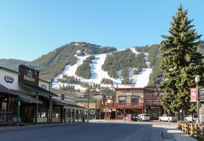Center Street in Jackson, looking at Snow Ski Resort