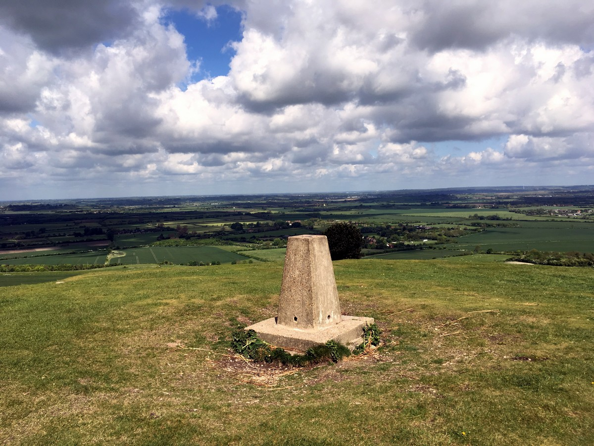 View from Ivinghoe Beacon on the Ashridge Boundary Trail Hike in Chiltern Hills, England