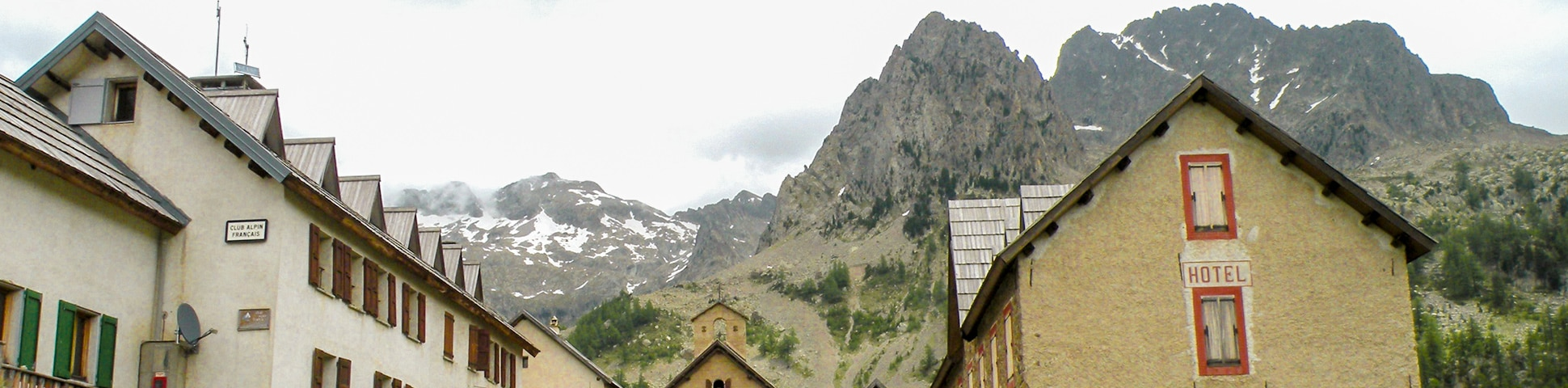 Col de Fenetre hike in Mercantour, French Alps
