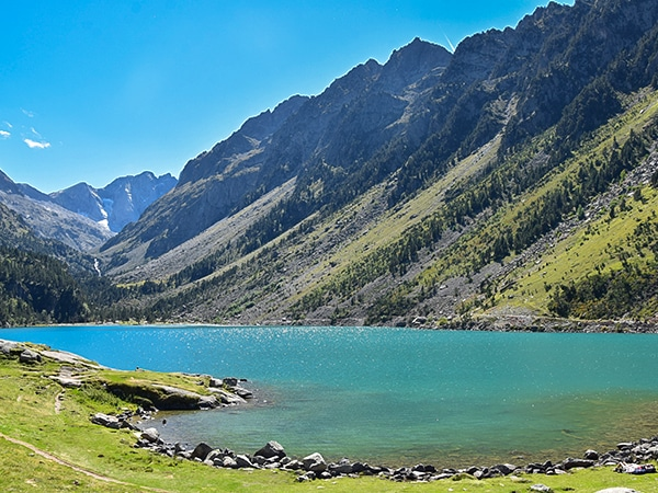 Scenery from the Lac de Gaube hike in French Pyrenees