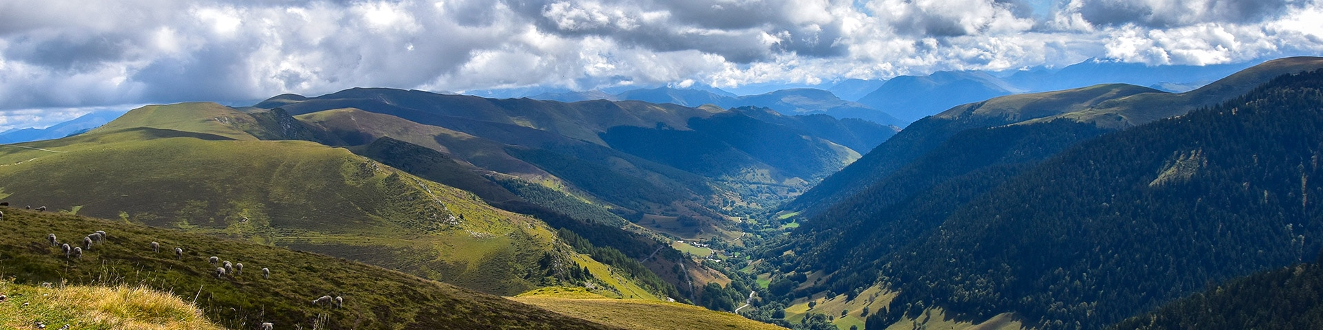 Panoramic views from the Mont Né hike in French Pyrenees