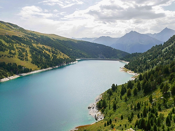 Trail of the Col d'Aussois hike in Vanoise National Park, France