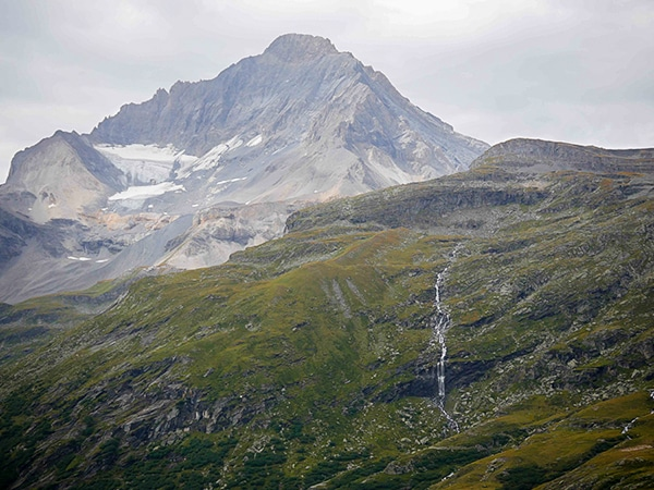 Scenery of the Lac Blanc de Termignon hike in Vanoise National Park, France