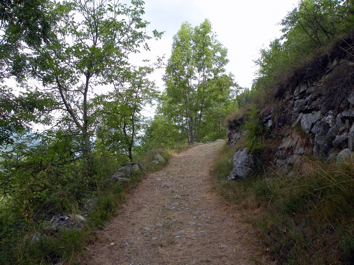 The trail of the Gorge Della Reina Hike in Alpi Marittime National Park, Italy