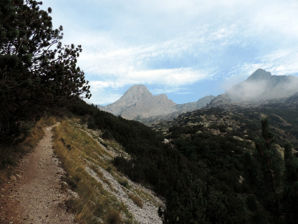 Trail of the Laghi Arbergh Hike in Alpi Marittime National Park, Italy