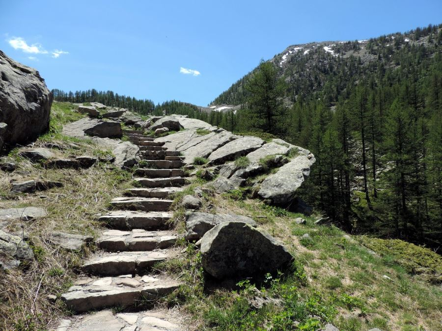 Trail of the Lac d'Allos Hike in Mercantour National Park, France