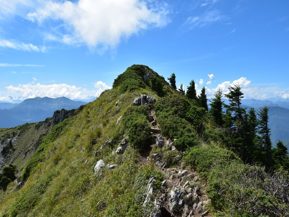 The slightly airy bit below the Sommet des Parets on the Cagire Loop Hike in French Pyrenees