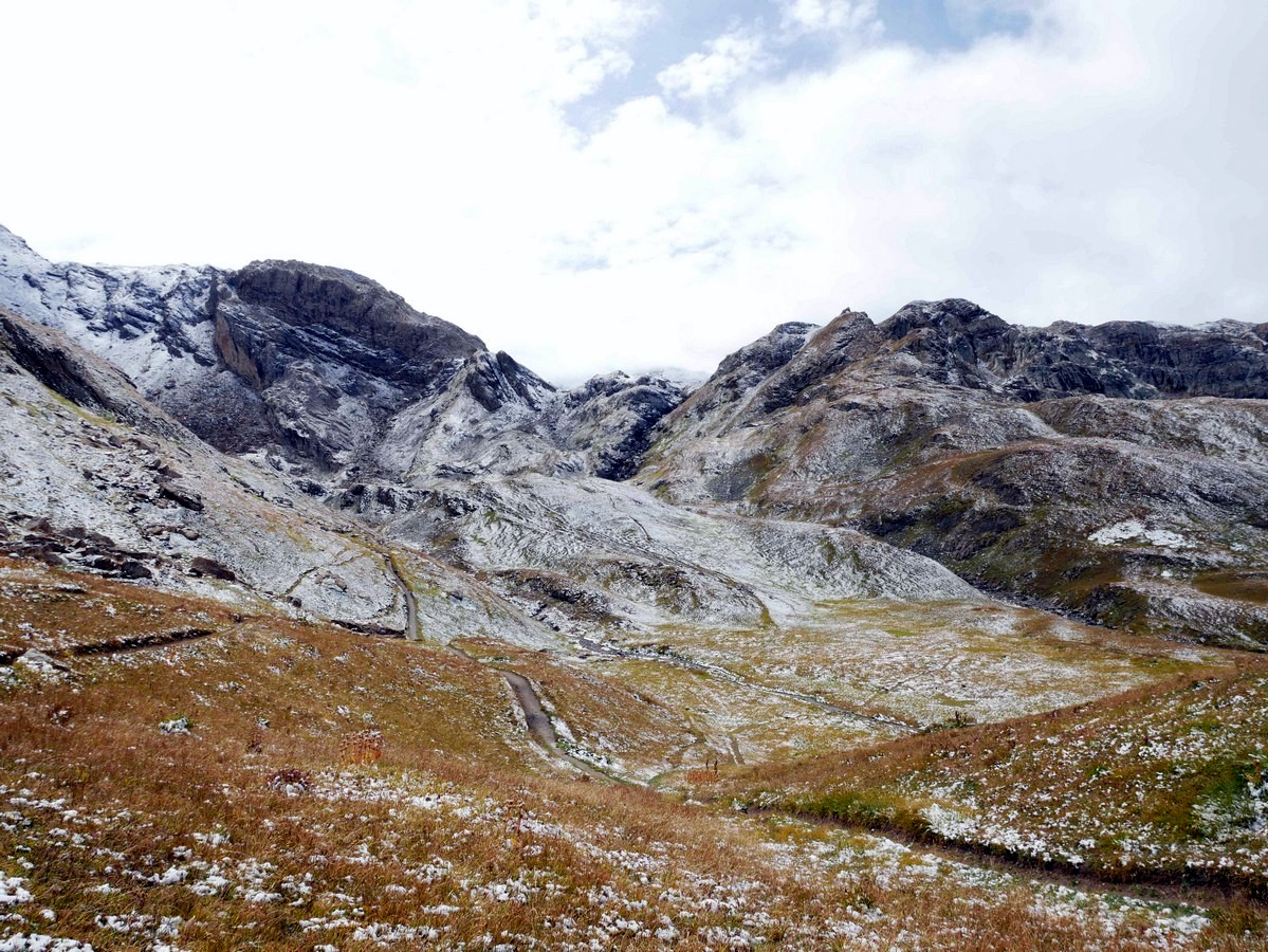 Refuge du Fond des Fours hike is one of top 10 Vanoise National Park hikes