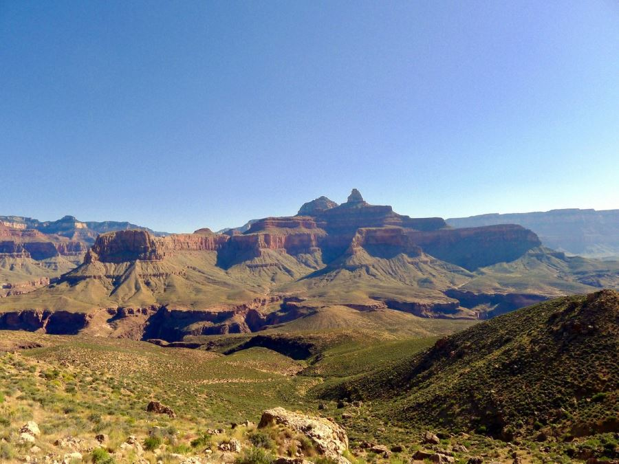 View across the plain in the Grand Canyon