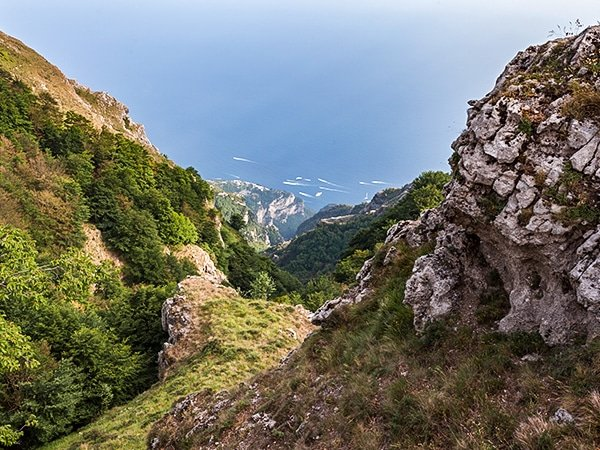 Trail of the Ring of Faito hike in Amalfi Coast, Italy