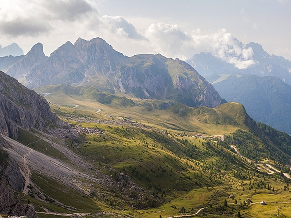 Trail of the Nuvolau hike in Dolomites, Italy