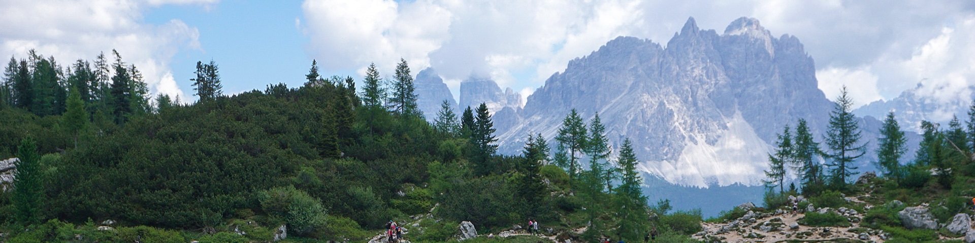 Panoramic views from the Lago di Sorapiss hike in Dolomites, Italy