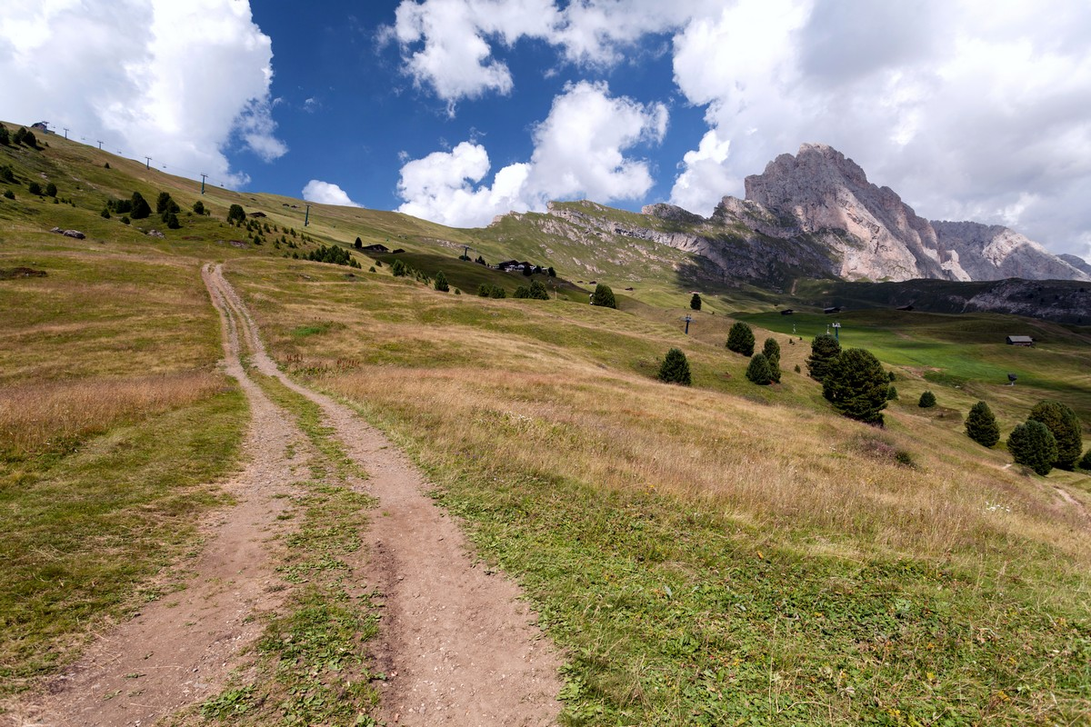 Trail of the Seceda / Puez Odle Hike in Dolomites, Italy