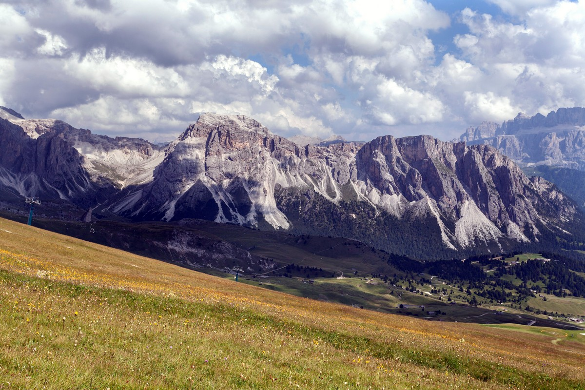 Seceda / Puez Odle hike is one of top 10 hikes in the Italian Dolomites