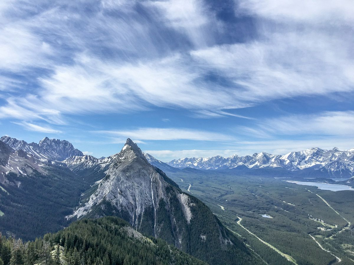 King Creek Ridge Hike in Kananaskis has amazing mountain views