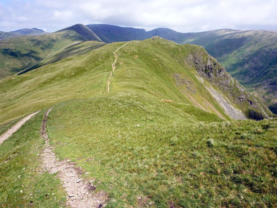 The trail of the Fairfield Horseshoe Hike in Lake District, England
