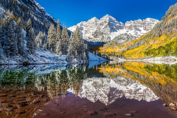 Hiking the world's most beautiful places includes hiking in Aspen, Colorado