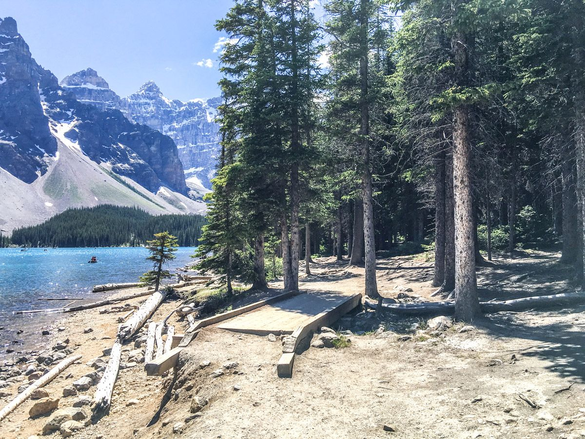 Trail of the Moraine Lake Rockpile and Lakeshore Hike in Lake Louise, Banff National Park