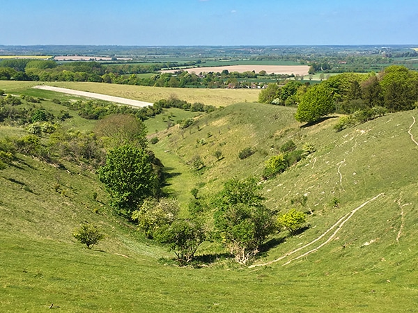Scenery from the Pegsdon and Deacon Hill hike in Chiltern Hills, England