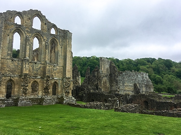 Trail of the Helmsley to Rievaulx Abbey walk in North York Moors, England