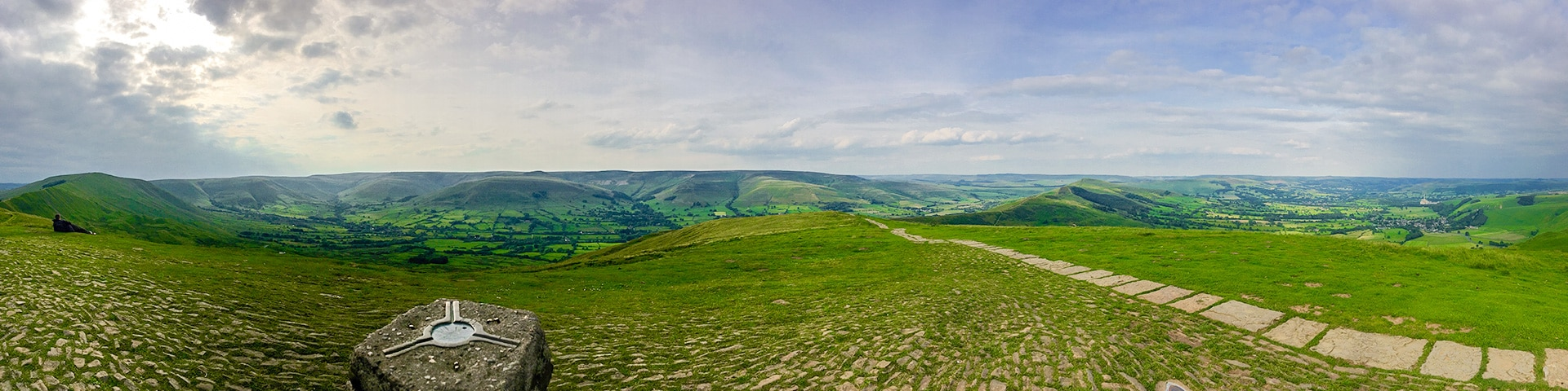 Panorama from the Mam Tor Circular hike in Peak District, England