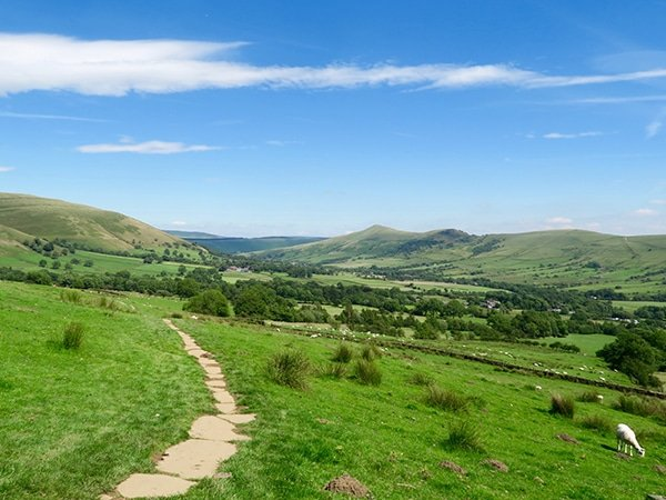Trail of the Kinder Scout hike in Peak District, England