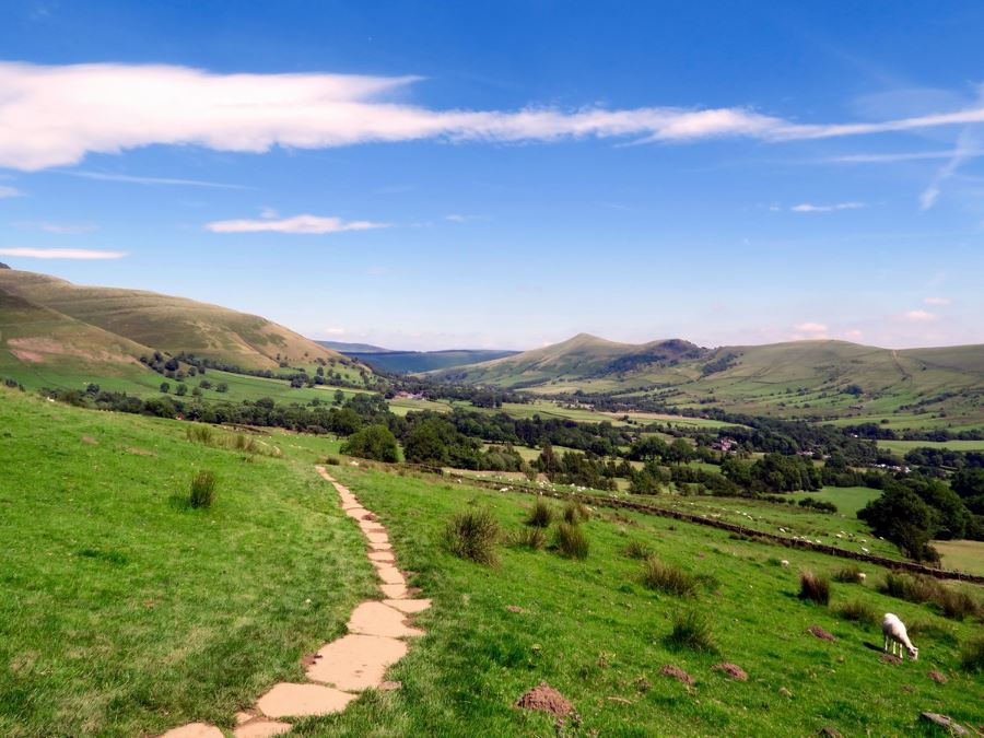 The Vale of Edale Hope Valley Ridge in the background