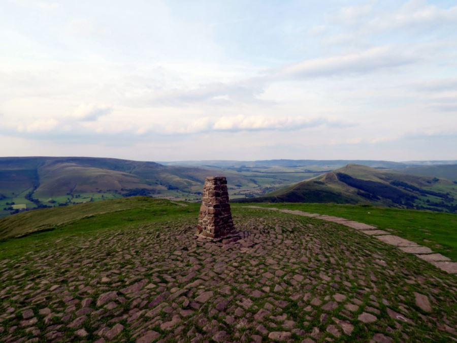 Mam Tor hike is one of top 10 hikes in Peak District, England